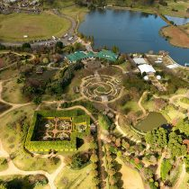 Hunter Valley Gardens Golf & Tours