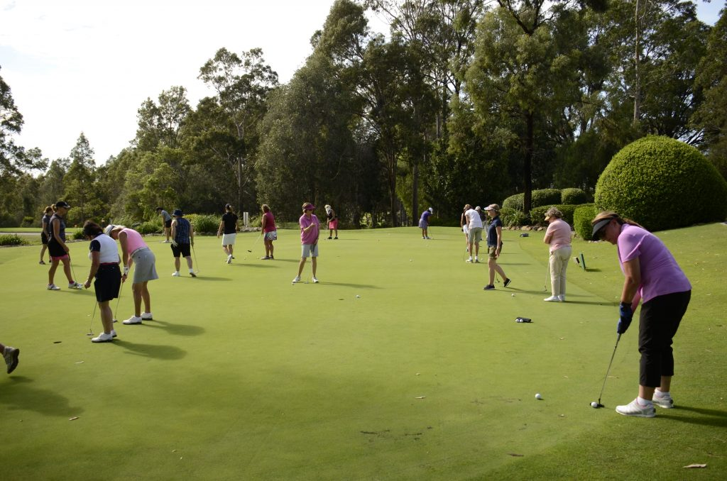 ladies beginner golf tours